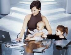 La reforma laboral elimina la bonificación por reincorporación tras la maternidad